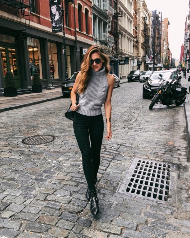 vanilla-extract-grey-halter-turtleneck-tank-fall-inspo.jpg
